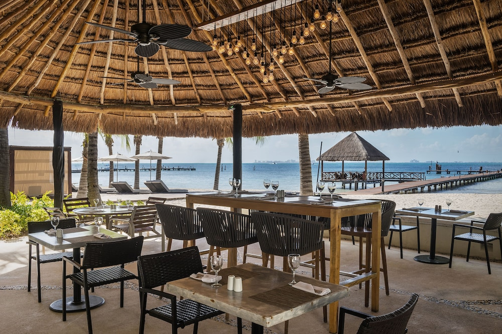 Restaurant, Isla Mujeres Palace Couples Only All Inclusive Resort