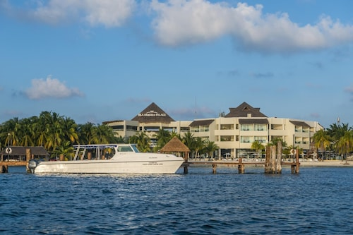 Isla Mujeres Palace Couples Only All Inclusive Resort