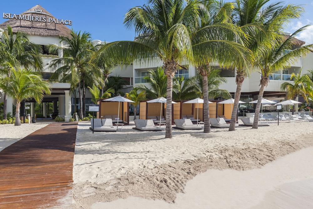 Beach, Isla Mujeres Palace Couples Only All Inclusive Resort