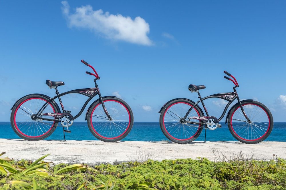 Bicycling, Isla Mujeres Palace Couples Only All Inclusive Resort