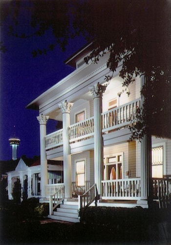 Great Place to stay Brackenridge House Bed & Breakfast near San Antonio