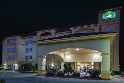 La Quinta Inn & Suites by Wyndham Paris