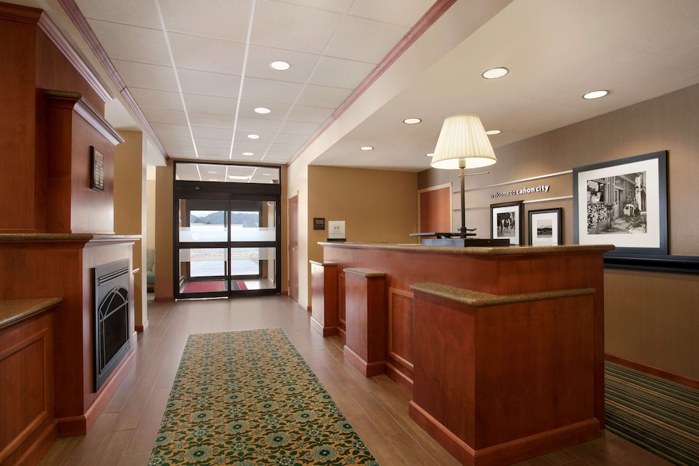 Lobby, Hampton Inn Canon City
