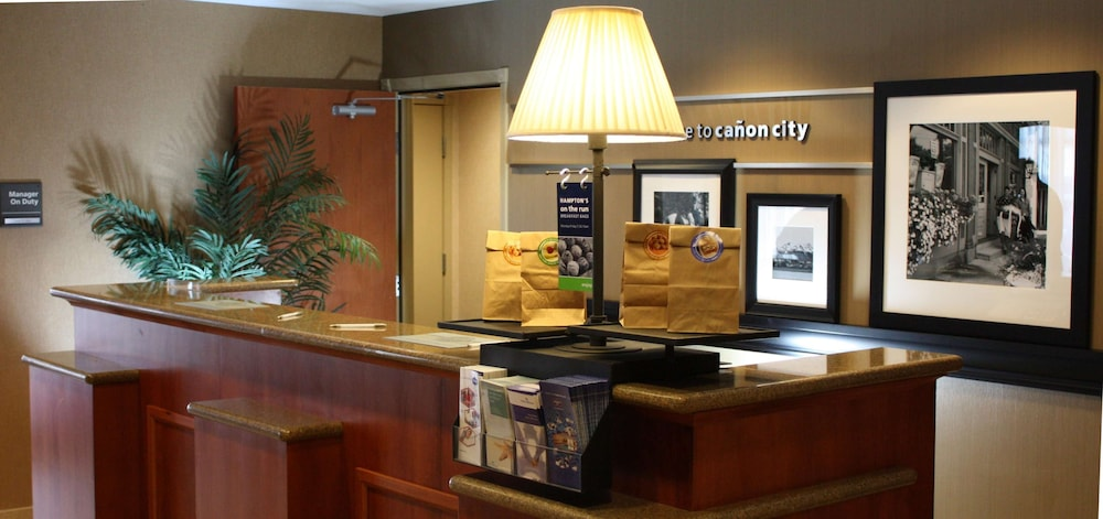 Reception, Hampton Inn Canon City