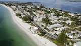 The Beach Club at Anna Maria by RVA - Bradenton Beach Hotels