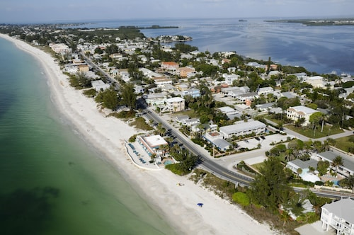 The Beach Club at Anna Maria by RVA