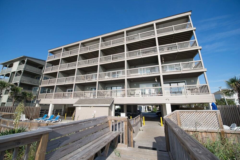 Sea Mystique In Garden City Beach Hotel Rates Reviews On Orbitz