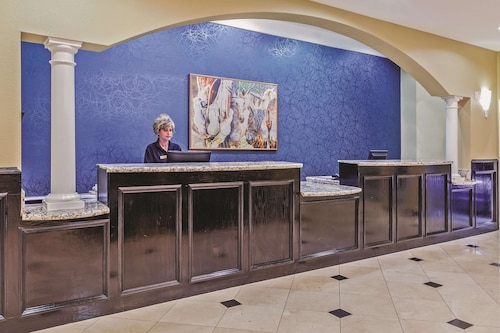 La Quinta Inn & Suites by Wyndham Pearland - Houston South