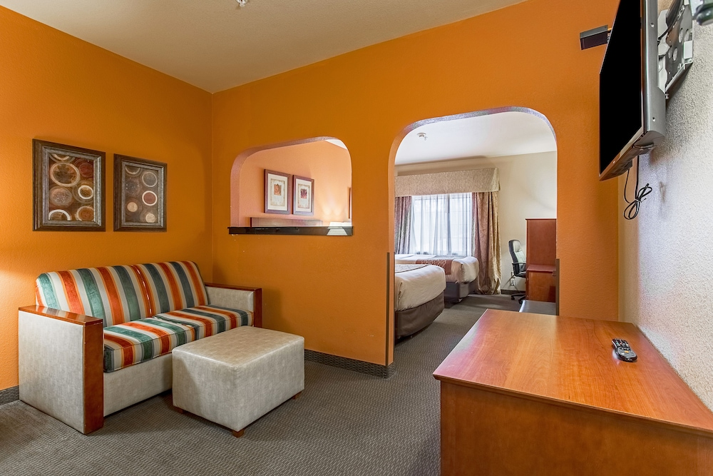 Featured Image, Hotel Ruidoso - Midtown