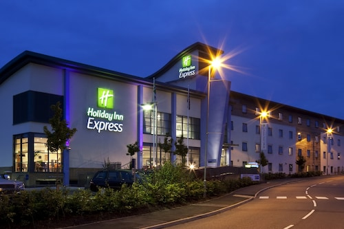 Holiday Inn Express Walsall M6J10