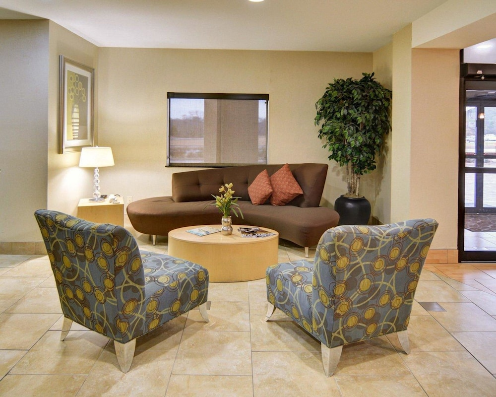 Comfort Suites Lindale - Tyler North, Tyler - Room Prices & Reviews ...