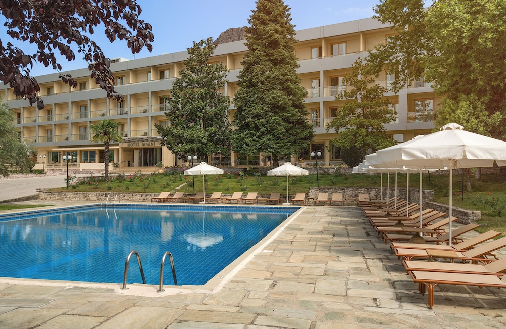 Outdoor Pool, Divani Meteora Hotel