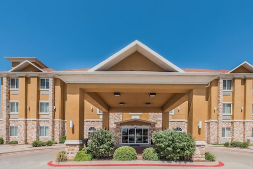 Great Place to stay Days Inn & Suites by Wyndham Cleburne TX near Cleburne