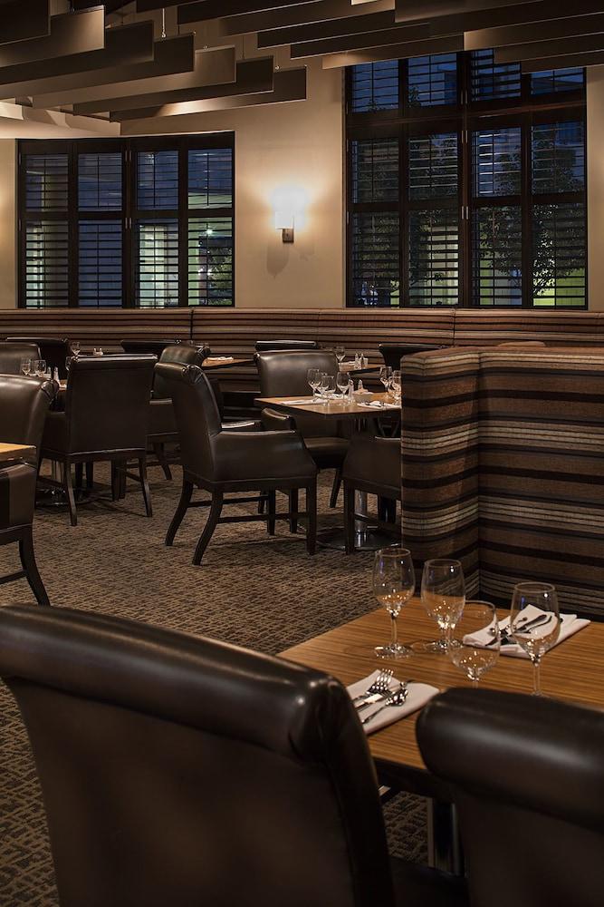 Delta Kitchener Restaurant