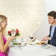 Couples Dining