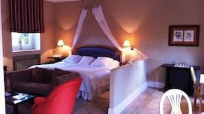 고급 침구, 오리/거위털 이불, 메모리폼 소재 침대, 미니바
