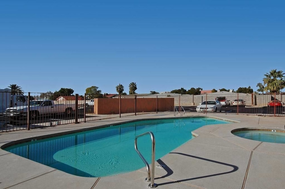 Outdoor Pool, Baymont by Wyndham Mesa Near Downtown