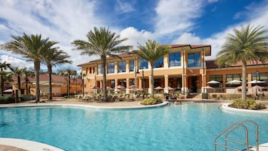 CLC Regal Oaks Resort Vacation Townhomes