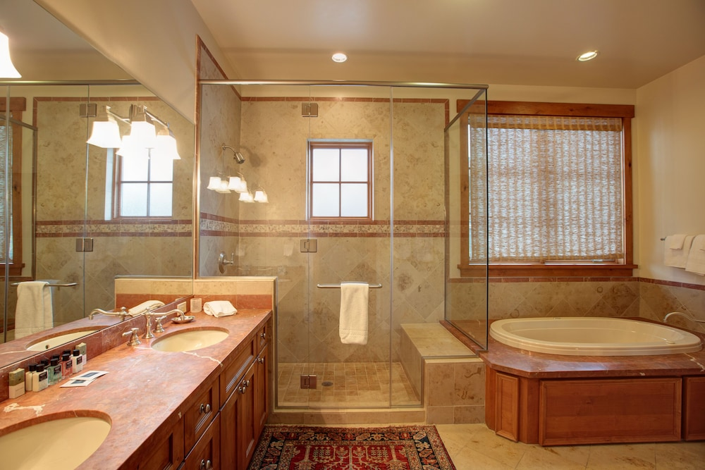Bathroom, The Lodge at Spruce Peak