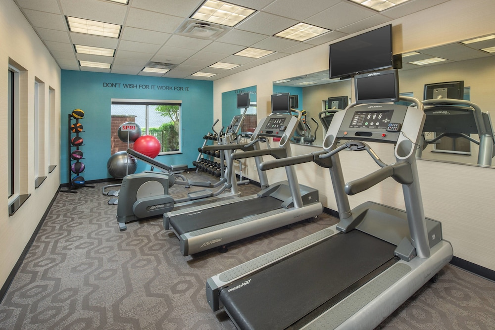 Fitness Studio, Fairfield Inn & Suites by Marriott Cleveland