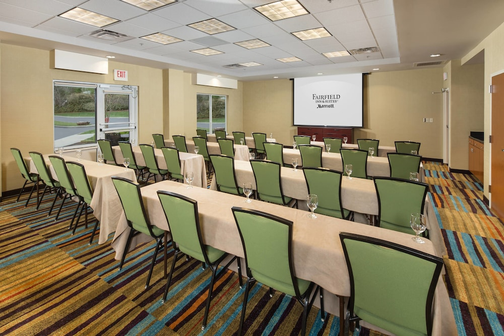 Meeting Facility, Fairfield Inn & Suites by Marriott Cleveland