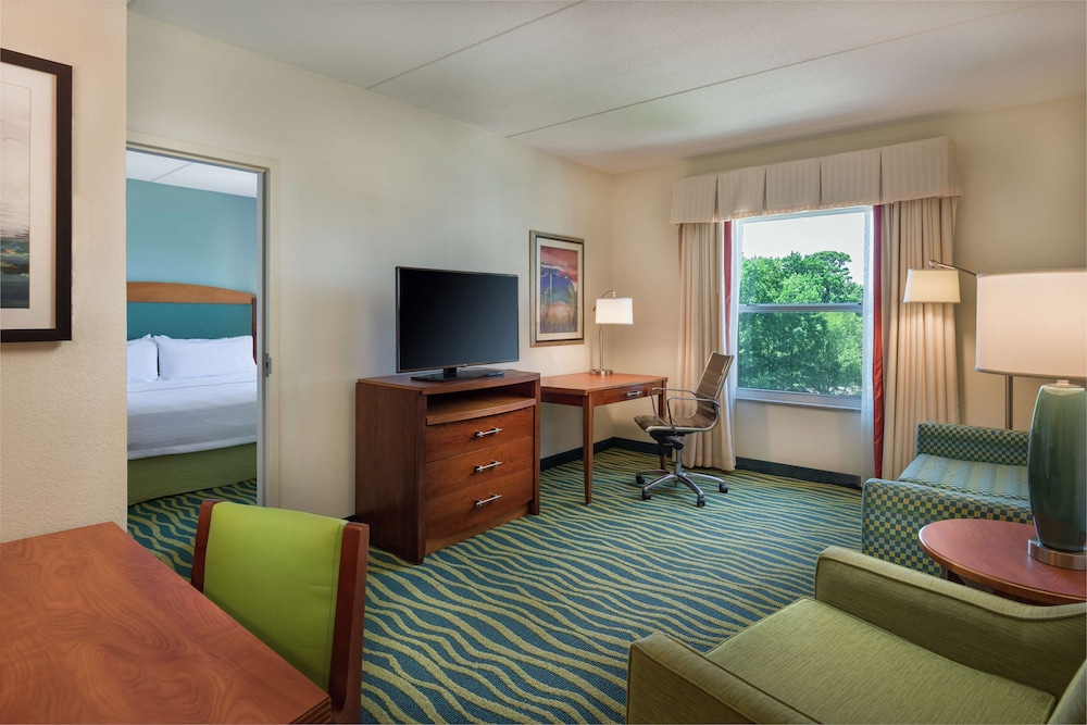 Living Area, Homewood Suites by Hilton Virginia Beach/Norfolk Airport