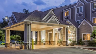 Microtel Inn & Suites by Wyndham Jacksonville Airport