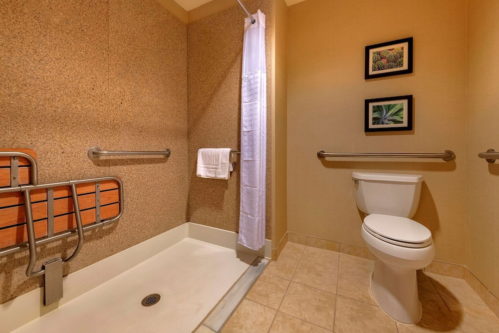 Bathroom, Comfort Suites Goodyear