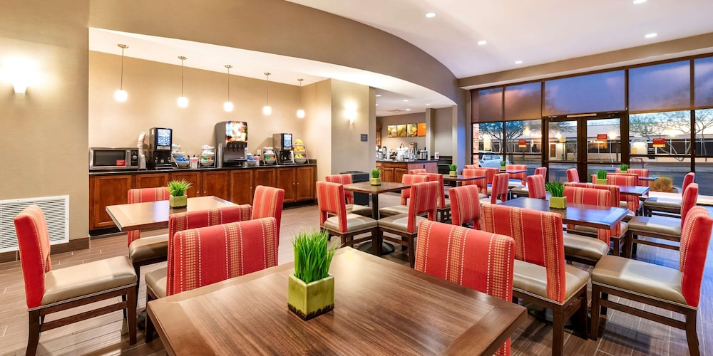 Breakfast Area, Comfort Suites Goodyear