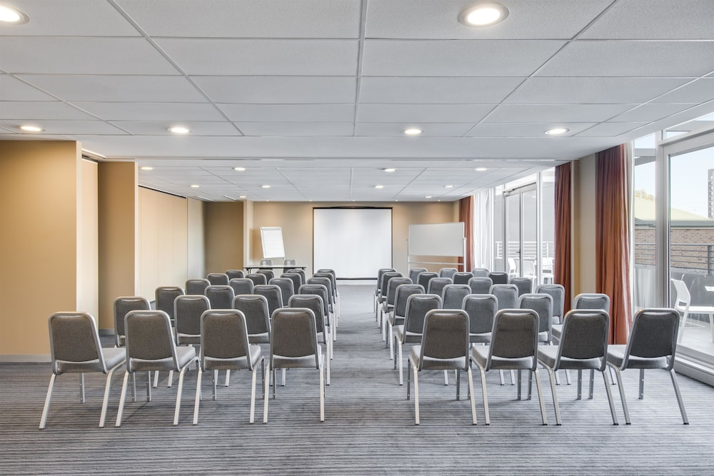 Meeting Facility, Adina Apartment Hotel Wollongong
