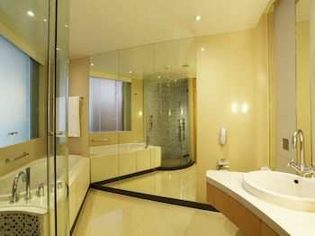 World Club Deluxe - Bathroom