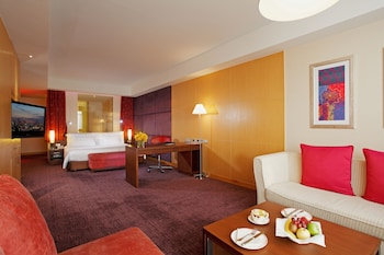 Premium Room, 1 King Bed - Guestroom