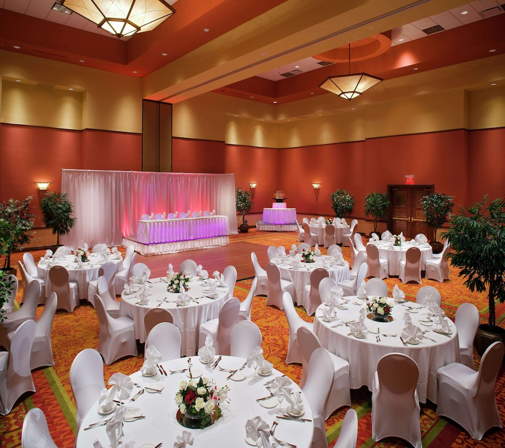 Ballroom, Embassy Suites Norman - Hotel & Conference Center