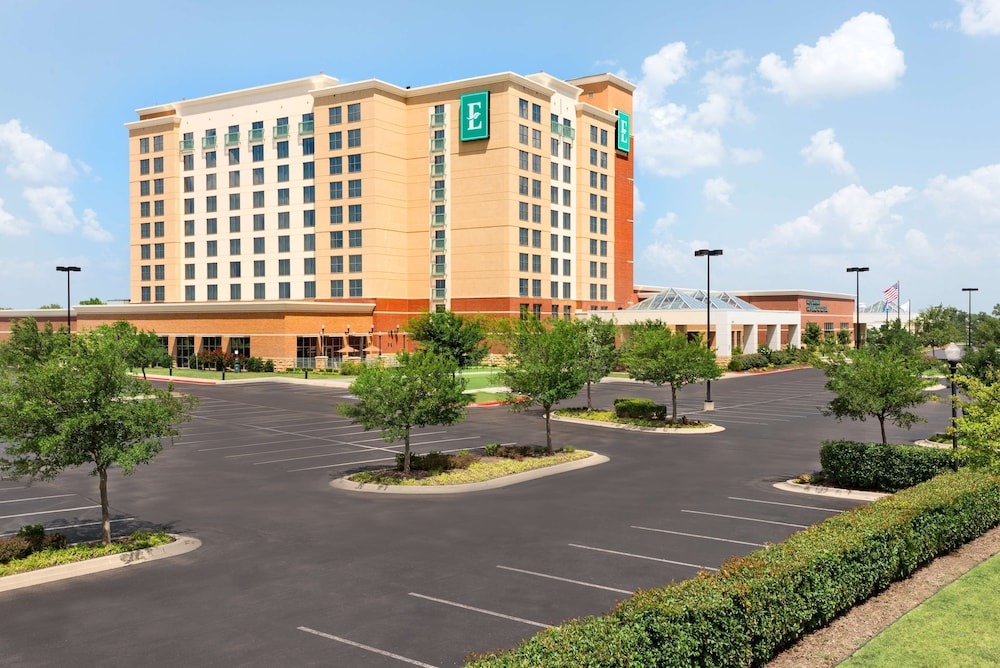 Exterior, Embassy Suites Norman - Hotel & Conference Center