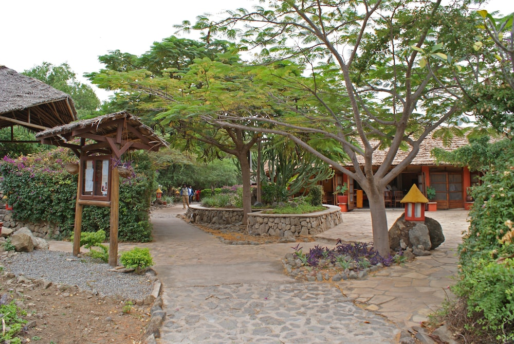Courtyard, Kia Lodge