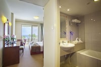 Aquamare Beach Hotel & Spa (5 of 53)