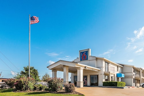 Motel 6 Dallas De Soto Lancaster