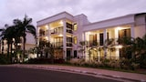 Elysium Apartments - Palm Cove Hotels