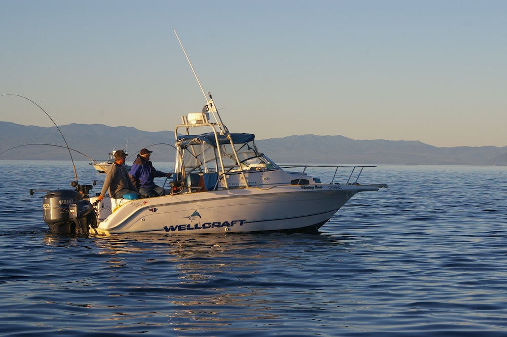 Fishing, Sooke Harbour Resort & Marina