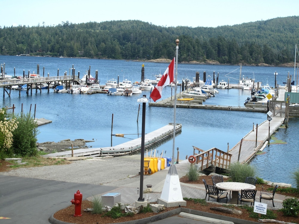 Lake, Sooke Harbour Resort & Marina