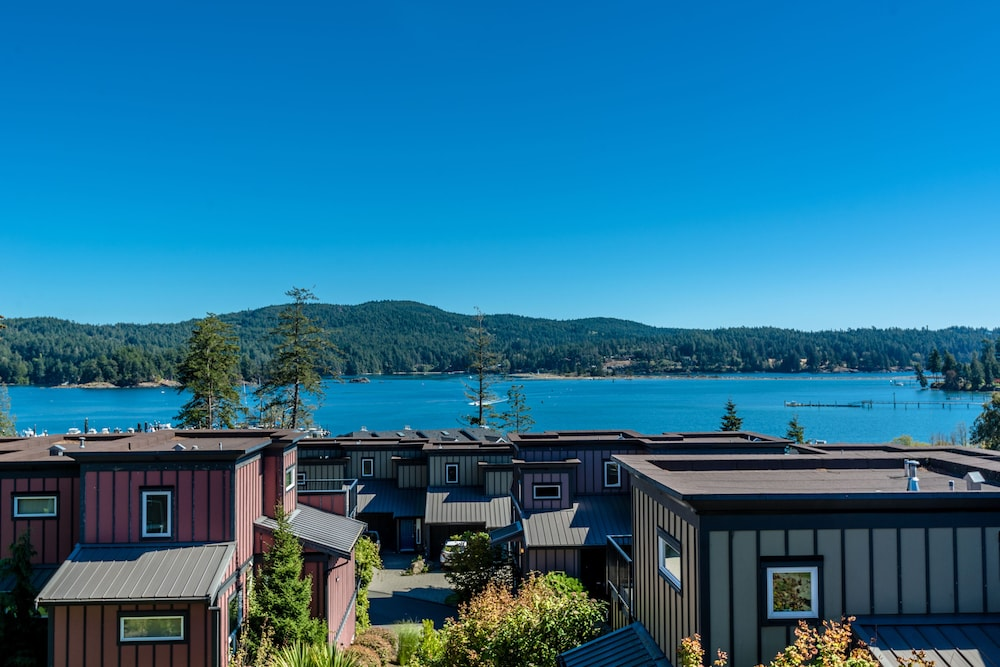 Beach/Ocean View, Sooke Harbour Resort & Marina