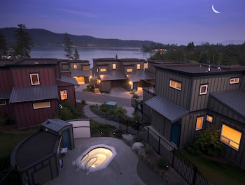 Sooke Harbour Resort & Marina