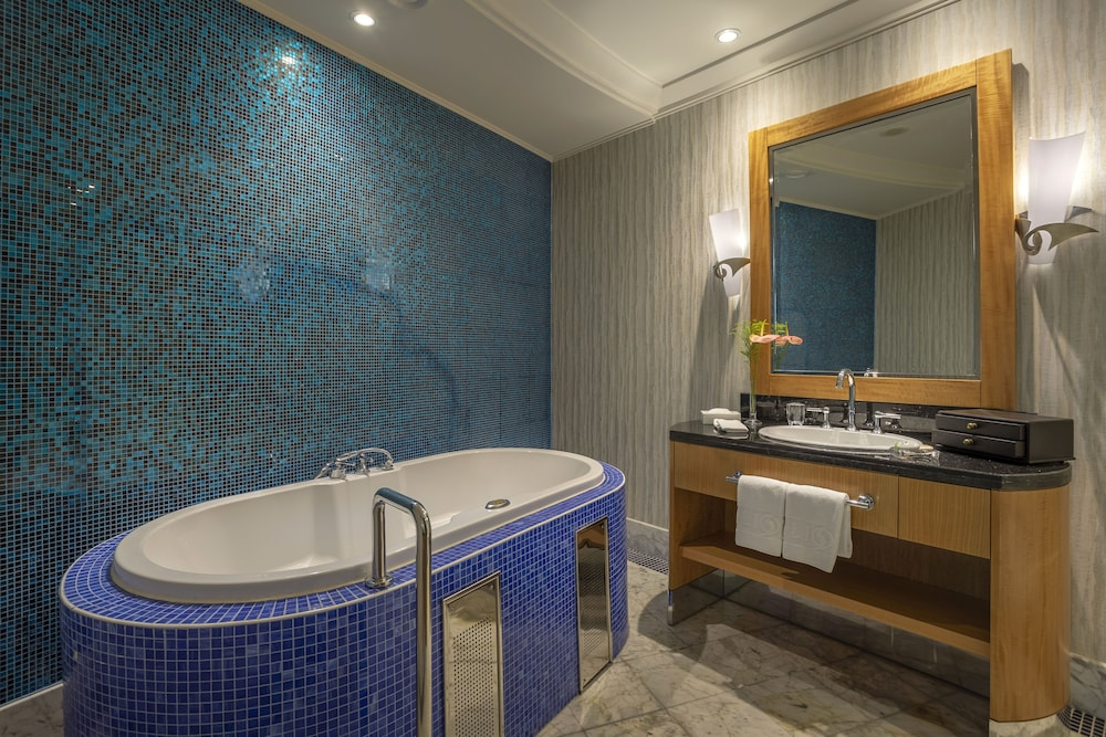 Bathroom, Calista Luxury Resort - All Inclusive