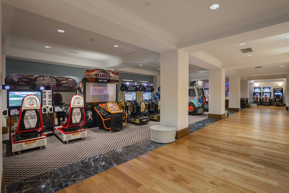 Game Room, Calista Luxury Resort - All Inclusive