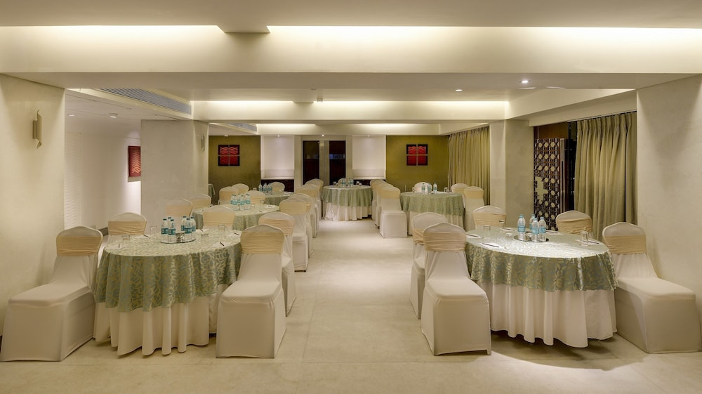 Meeting Facility, The Pride Hotel Chennai