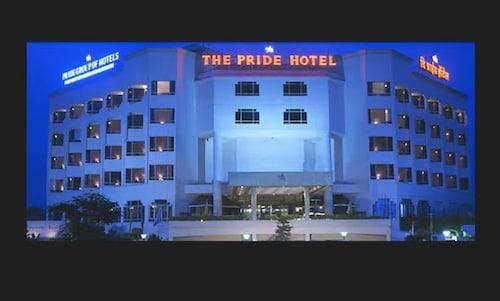 那格浦尔自豪酒店