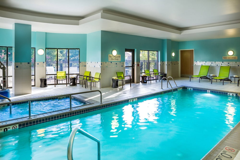 Indoor Pool, Springhill Suites by Marriott Hampton Coliseum