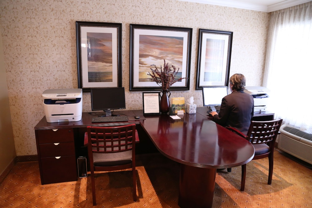 Business Center, Laguna Hills Lodge
