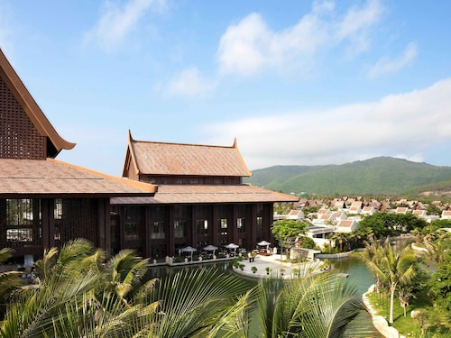 Pullman Sanya Yalong Bay Villas and Resort