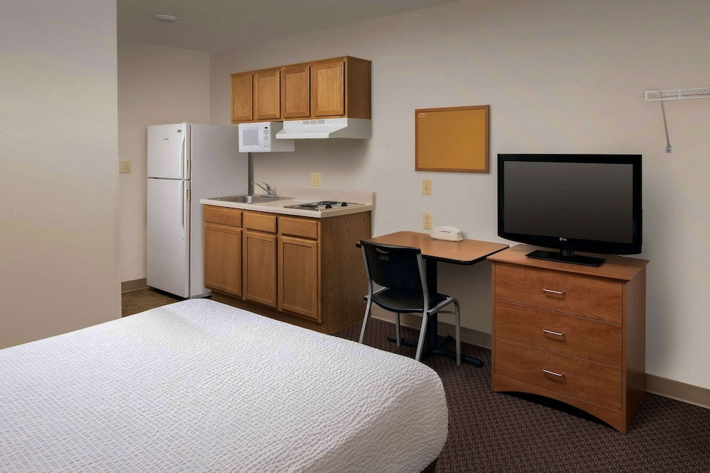 Room, WoodSpring Suites Firestone Longmont